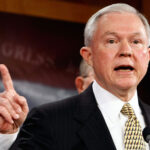 "EEUU: Fiscal urge a ""ciudades santuario"" detener a inmigrantes ilegales"
