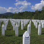Bosnia impugna el fallo que exime a Serbia de genocidio en Srebrenica
