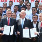 PPK: Es necesario deshacerse de la burocracia y corrupción para hacer obras