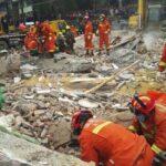 China: Siete muertos y dos supervivientes en derrumbe de un edificio
