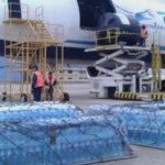 Bolivia envía segunda carga de agua para damnificados por inundaciones