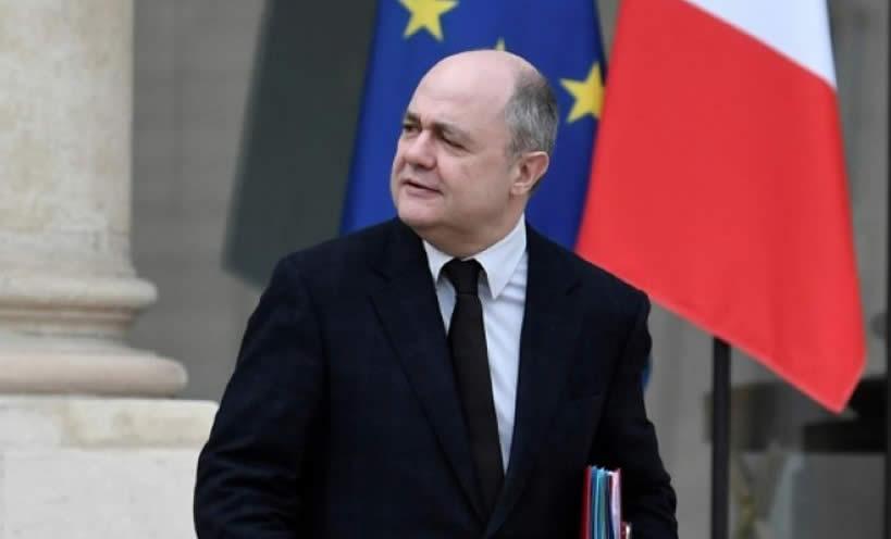 Francia dimite ministro del interior por los empleos que for Nombre del ministro de interior