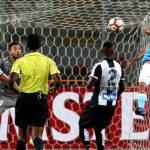 Sporting Cristal debuta con empate ante Santos en la Copa Libertadores