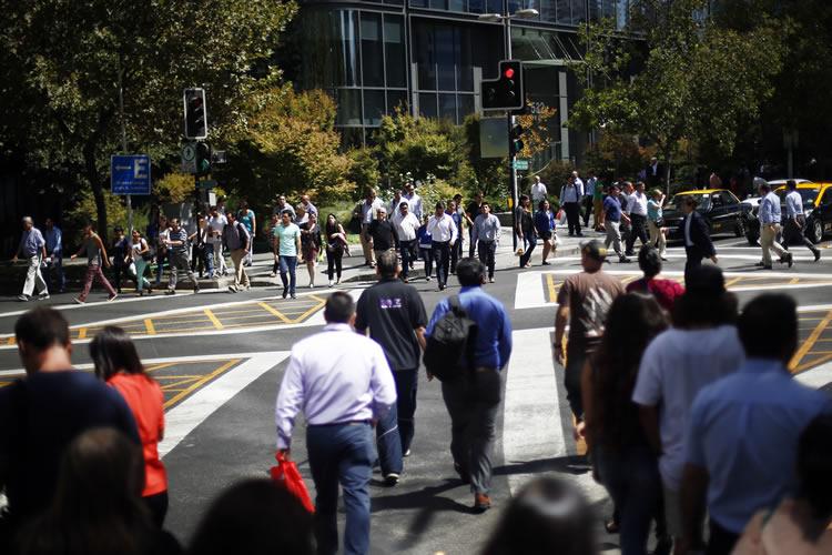 chile inauguran cruce peatonal similar a los utilizados