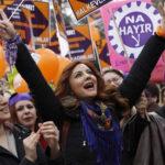 Las mujeres reclaman en todo el mundo una igualdad real y justa