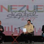 """Venezuela: Maduro pide volver """"al camino del diálogo"""" y """"la soberanía"""""""