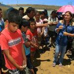 Áncash: Ministra Pérez Tello llevó ayuda a poblados aislados por huaicos