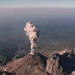 Guatemala: Volcán Pacaya continúa con un flujo de lava de 150 metros