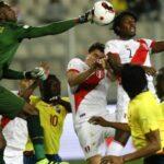 Perú vs Uruguay: Miguel Araujo remplazará al suspendido Christian Ramos