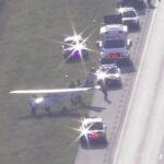 EEUU: avioneta aterriza de emergencia en autopista sin ningún choque