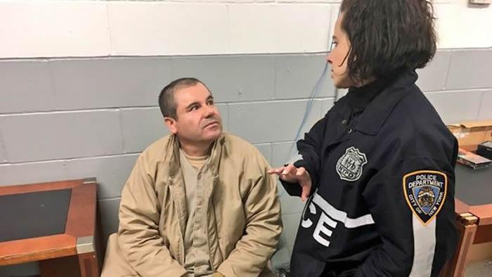 Resultado de imagen para Chapo' Guzmán espia
