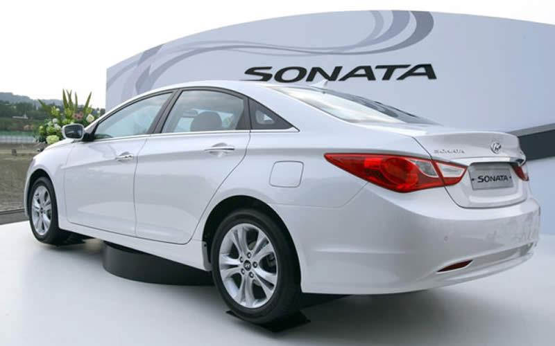 Hyundai llama a revisión en EEUU casi 1 millón de vehículos del modelo Sonata