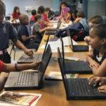 EEUU: Escuelas de Miami protegerán a niños inmigrantes indocumentados