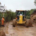 Policía Nacional continúa apoyo en 23 vías restringidas por desbordes de ríos