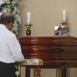Restos de periodista asesinado son velados en la iglesia Virgen de Fátima