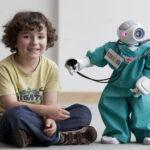Surge ALIZ-E: el amigo robótico que ayuda a niños diabéticos