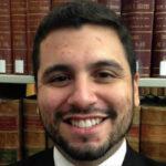 EEUU: Se le incendia pantalón a abogado que defendía a pirómano en la corte