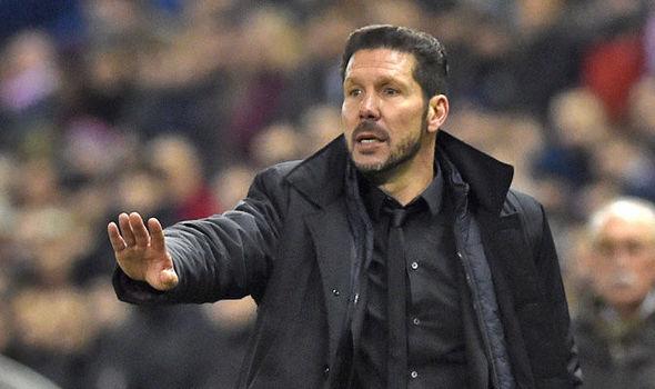 Jorge Sampaoli molesto niega contactos con Argentina y critica reacción del Sevilla