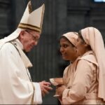 """Semana Santa: Papa Francisco pide a sacerdotes ser """"tiernos y humildes"""""""