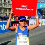 Inés Melchor regala su triunfo del maratón de Chile a víctimas de los huaicos (Fotos)