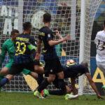 """Fútbol de Italia: Milan en el nuevo """"derbi chino"""" empata 2-2 ante el Inter"""