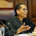 Hallan muerta en río Hudson a primera jueza musulmana de la historia de EEUU