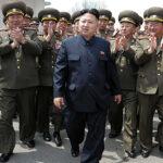 Corea del Norte: Kim Jon reúne sus tropas para demostración de fuerza