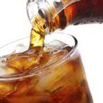 El consumo diario de refrescos 'light' triplica el riesgo de alzheimer o ictus