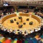 """Los 27 líderes de la UE adoptan unánimemente directrices para el """"brexit"""""""