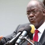 Tanzania despide a 10,000 funcionarios por certificados de estudio falsos