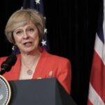 """R.Unido: May dice de que postura de Merkel augura unas """"duras"""" negociaciones"""