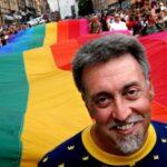 EEUU: Muere Gilbert Baker el creador de la bandera arcoíris símbolo LGTB