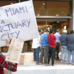 """EEUU: Legisladores de Florida aprueban ley que prohíbe """"política de santuario"""""""