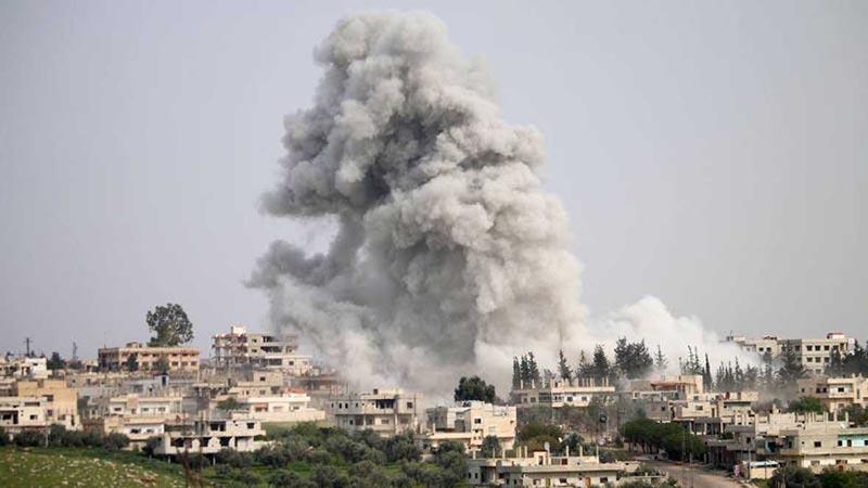 Ejército sirio denuncia bombardeo de coalición en un almacén químico del EI