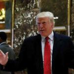 """EEUU: Trump insiste en que jóvenes 'dreamers' deberían """"estar tranquilos"""""""