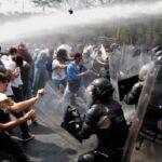 Venezuela: Policía disuelve nuevamente marcha opositora