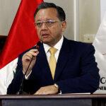 Fiscalía abre de oficio investigación a contralor Edgar Alarcón