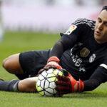 Keylor Navas realizó doble atajada que silenció el estadio Vicente Calderón