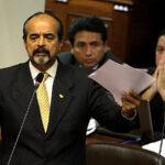 El Apra no apoyará la censura de Vizcarra ni de Basombrío
