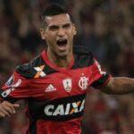 Brasileirao: Con gran actuación de Miguel Trauco Flamengo golea 3-0 a Goianiense