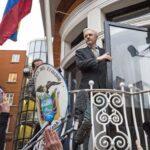 Ecuador mantiene estatus de refugiado político a fundador de WikiLeaks: J.Assange