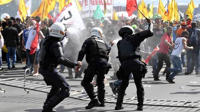 Violentas protestas contra Michel Temer terminaron con destrozos en ministerios — Brasil