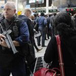 Reino Unido en máximo nivel de alerta despliega al Ejército en zonas claves