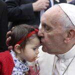 Papa Francisco llega a Portugal para participar en centenario de las apariciones