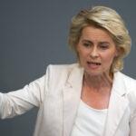 """Alemania: ministra no viaja a EEUU por arresto de militar que pidió """"asilo sirio"""""""