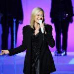 Olivia Newton-John cancela conciertos de EEUU por mal doloroso