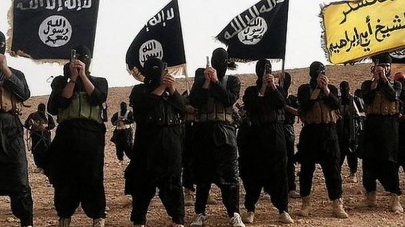 Resultado de imagen para grupo terrorista Estado Islámico (EI) cuelga a 145 personas