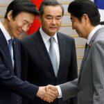 """Tokio, Pekín y Seúl acuerdan contrarrestar """"toda forma de proteccionismo"""""""