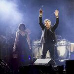 El pop en español en accidentada gran fiesta se rinde a Alejandro Sanz