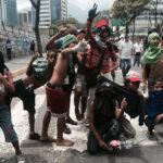 Venezuela: Piden al Papa mediar para evitar uso de niños en protestas